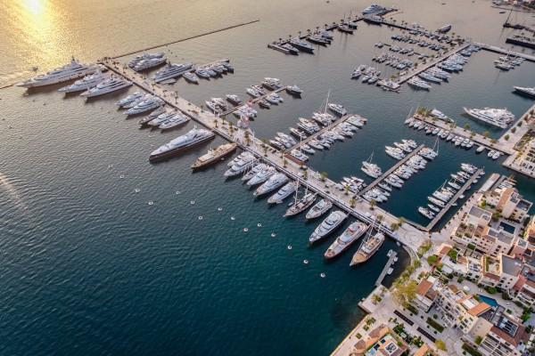 Svetske superjahte zablistale u Porto Montenegru