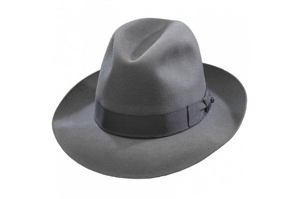 Zašto je Borsalino šešir must-have aksesoar leta