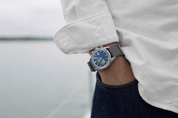 Dobar vetar, mirno more i obavezno TAG Heuer Carrera Skipper Chronograph