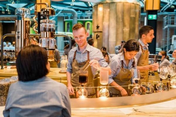 Zavirite u najluksuzniji Starbaks na svetu