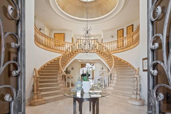 Poput palate: spektakularna vila na Beverli Hilsu