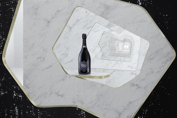 P2 Monolith - specijalno izdanje u čast Dom Perignon šampanjca