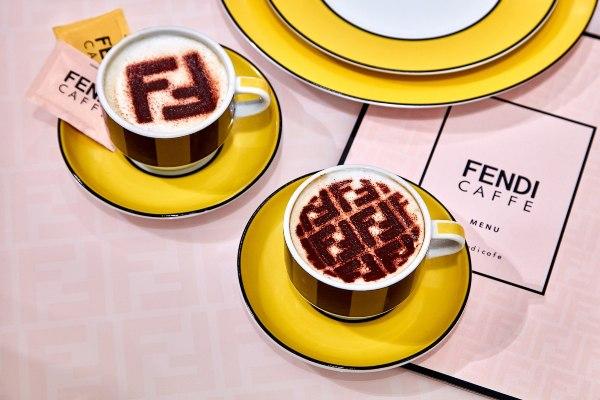 Ponovo radi Fendi Caffe