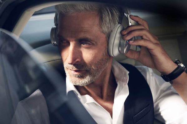 Bang & Olufsen brend predstavlja nove slušalice vrhunskog zvuka