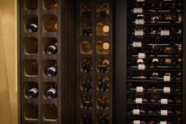 Najluksuznije police za vino poput umetničkog dela