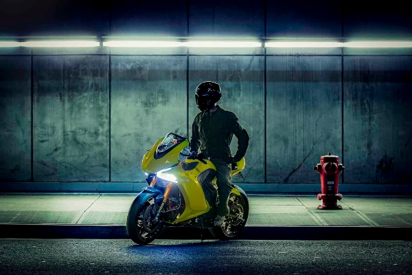 Šampion električnih motora – Damon Hypersport