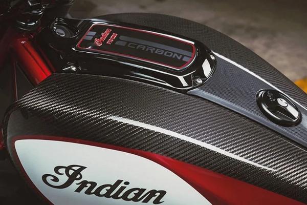 FTR 1200 Carbon - novitet sa Indian potpisom