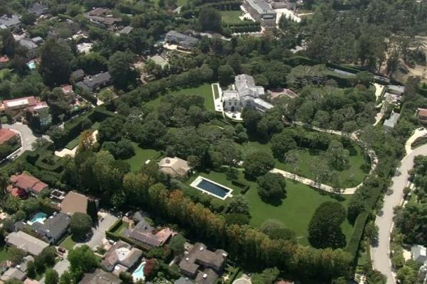 Džef Bezos kupio najskuplju vilu Los Anđelesa