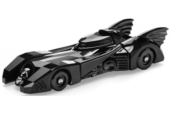 Swarovski lansira Betmobil u verziji od crnih kristala