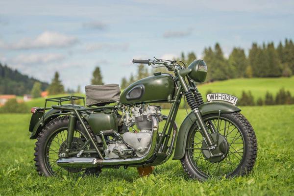 Triumph lansira motor u čast Stiva Mekvina