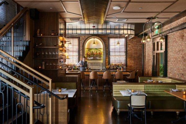 Stara železnička stanica u Madisonu pretvorena u restoran Harvey House