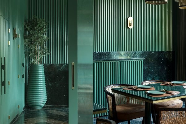 Smaragdni Cafe u Indiji
