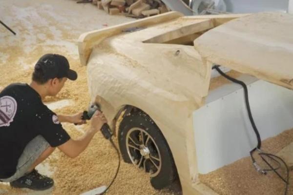 Da li biste provozali ručno rađeni drveni Ferrari 250 GTO?