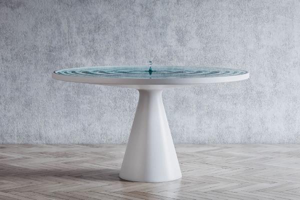 Uglađeni sto koji uzdiže svaki ambijent