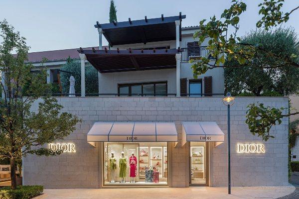 Zavirite u pop up butik brenda Dior u Porto Montenegru