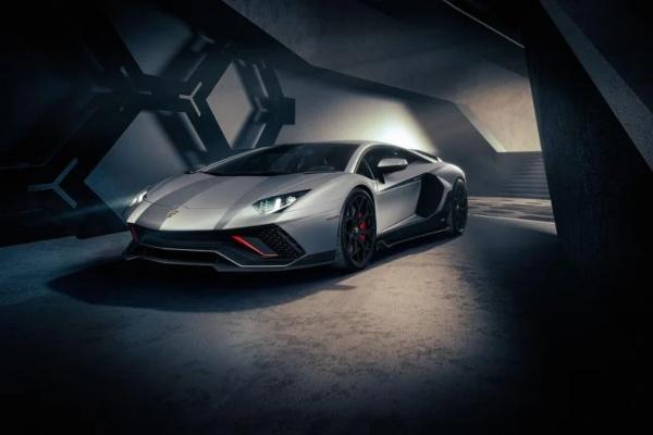Kraj jedne ere: Lamborghini Aventador odlazi u zaborav