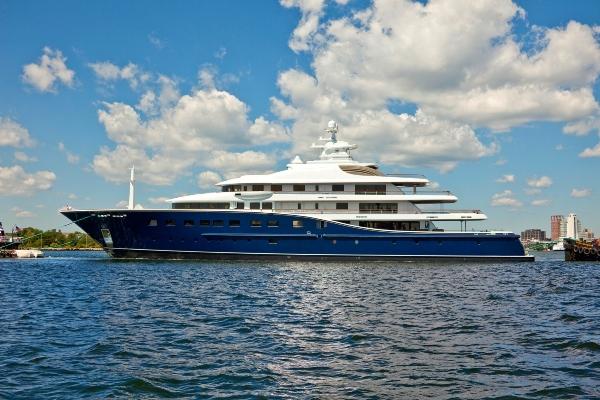 Medžik Džonson iznajmljuje luksuznu jahtu za 1 milion € nedeljno