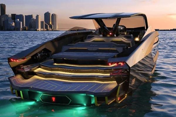 Konor Mekgregor predstavio svoju novu Lamborghini jahtu