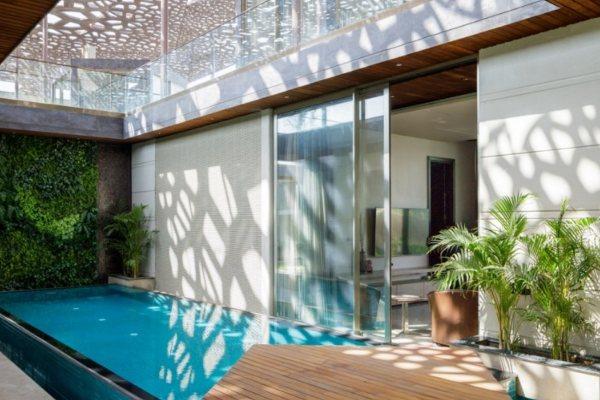 Elegantan i održiv dom pretvara se u vrhunsko letnje okruženje