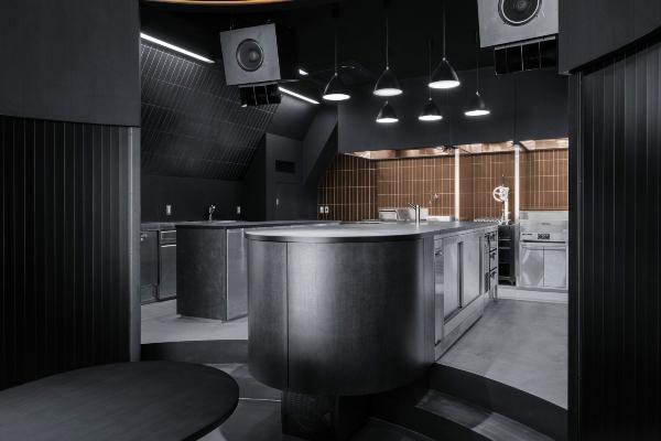 Otkrijte luksuz tame u novom tokijskom restoranu