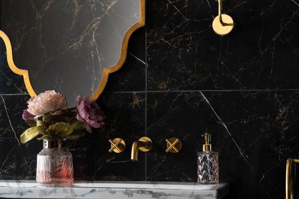 Pristupačni luksuz – mermerne pločice kao glavni detalji ambijenta