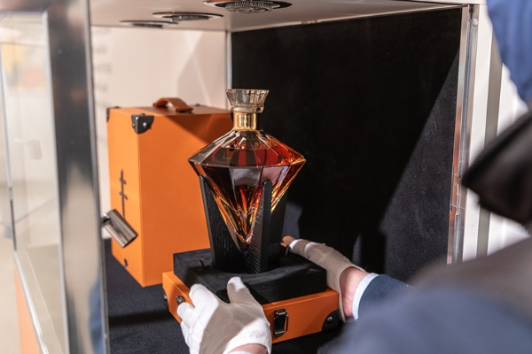 Džej Zijev konjak prodat po neverovatnoj ceni