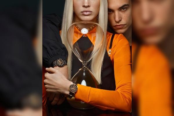 Versace opčinjava novim časovnicima
