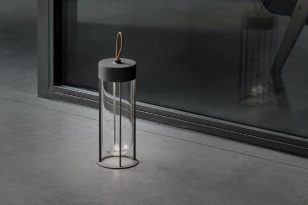 In Vitro Unplugged - lampa vanvremenske lepote i elegancije