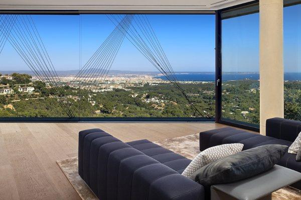 Vila Solitaire vredna 76 miliona dolara sa podzemnim klubom i bioskopom na krovu