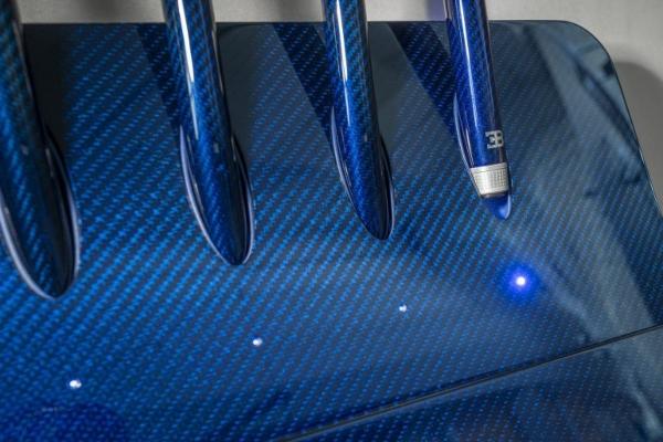 Istinska lepota i luksuz: prvi Bugatti bilijarski sto od 250.000 € spreman za svog vlasnika
