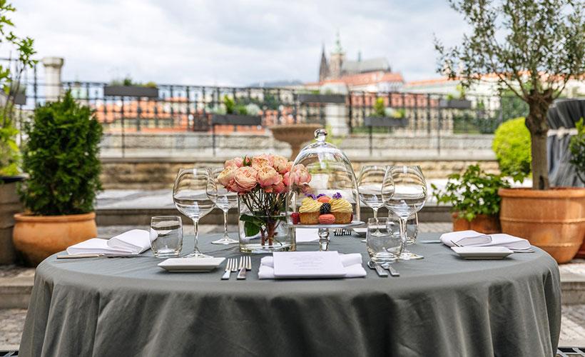 Four Seasons Prague